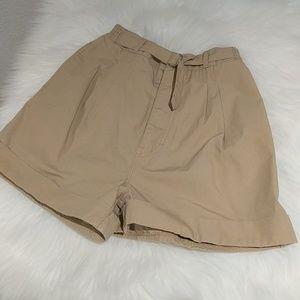 Vintage super high waisted pleated mom khaki short